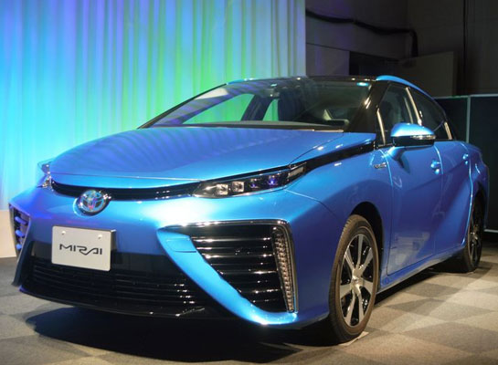 Toyota steers toward eliminating most gasoline cars off roads by 2050