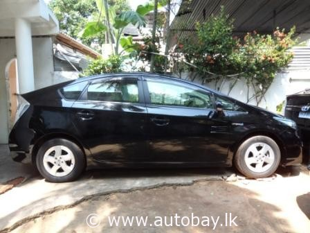 toyota prius 2010 for sale buy sell vehicles cars vans motorbikes autos sri lanka. Black Bedroom Furniture Sets. Home Design Ideas