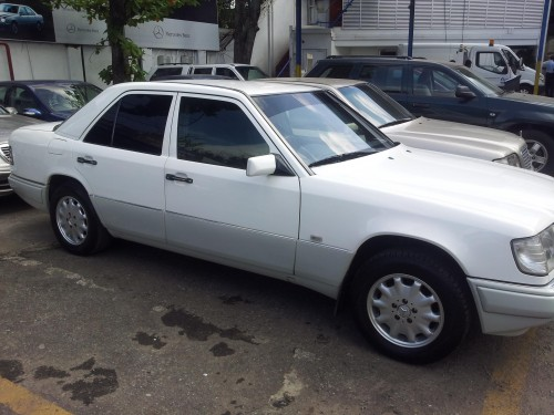 Mercedes benz e220 w124 for sale buy sell vehicles for Mercedes benz w124 for sale